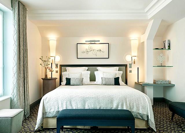 chambre avec jacuzzi privatif à paris hotel le burgundy