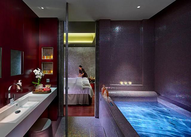 hotel avec jacuzzi privatif sur paris mandarin hotel paris