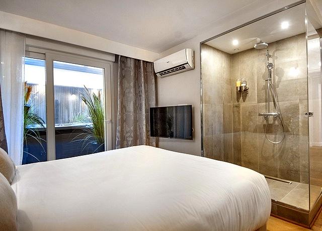 chambre avec jacuzzi privatif à lille hôtel au 30 lille