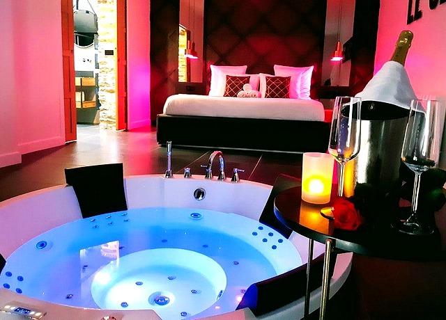 Appartement d'une chambre avec jacuzzi privatif à Nantes chez Le Secret