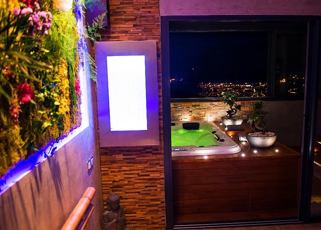 suites avec jacuzzi privatif sur Nice à la Villa sensorielle bien-être et gastronomie