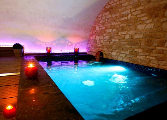 chambres avec piscine privée à Montpellier au Clos des Restanques