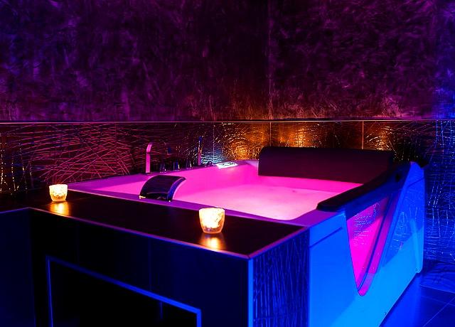 Appartements et lofts d'une chambre avec jacuzzi privatif à Montpellier au Romantique Loft Appart
