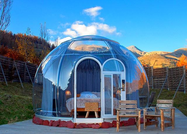 Dormir dans une bulle proche de Nice au Camping le Cians