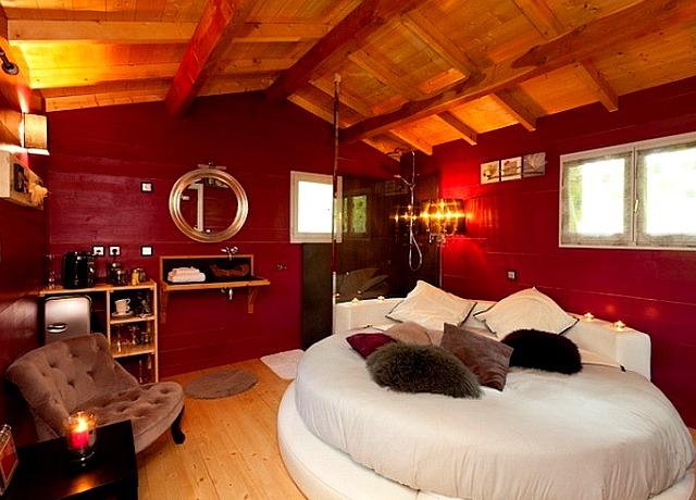 Dormir dans une cabane dans les arbres à proximité de Nantes à Oleo Cabane