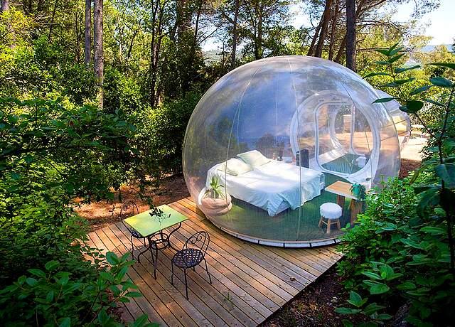 Dormir dans une bulle proche de Marseille à l'Auberge de la Tuilière