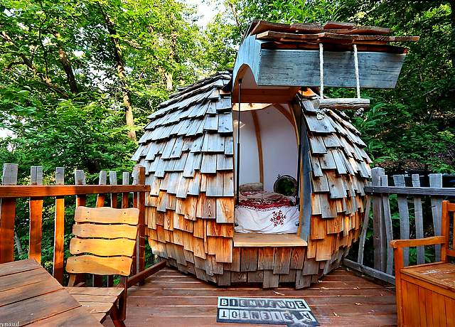 Dormir dans une cabane dans les arbres proche de Nice aux Ecrins de Belvédère