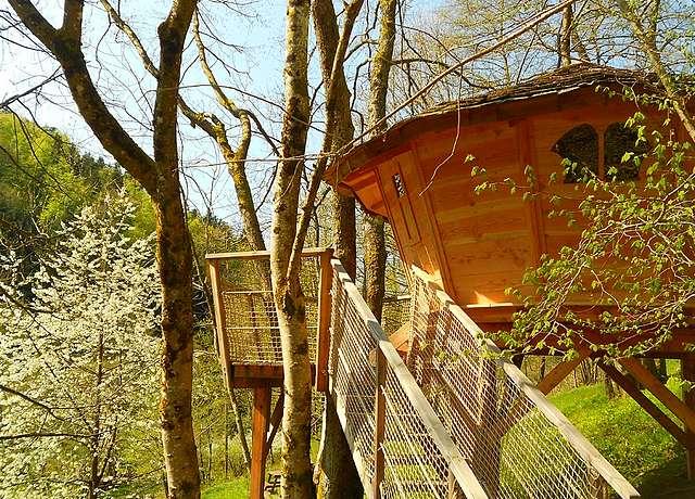 Dormir dans une cabane dans les arbres proche de Strasbourg aux cabanes du Goutty